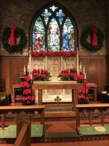 Holiday Decorations - St. Luke's Episcopal Church